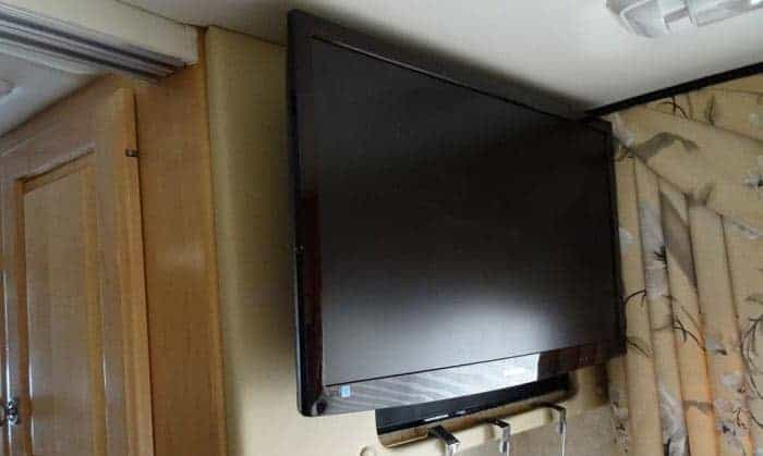 12-volt-rv-tv-dvd-combo