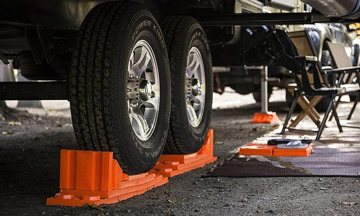best-wheel-chocks-for-rvs