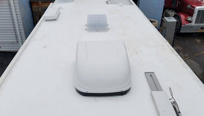 the-TPO-vs-EPDM-RV-roof